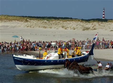 boot ameland vandaag paardenreddingboot vaart uit 2014 persbureau ameland