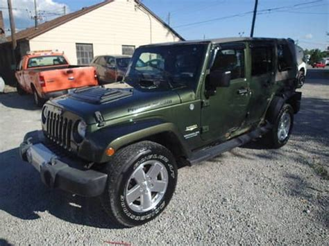 crashed jeep wrangler purchase used 2008 jeep wrangler 4dr sahara edition