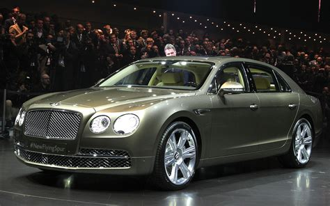 bentley flying spur 2014 2014 bentley flying spur first look motor trend
