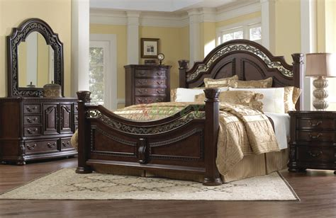 traditional bedroom furniture set w arched headboard beds