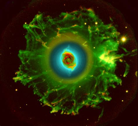 imagenes del universo en vivo apod 2003 november 1 halo of the cat s eye