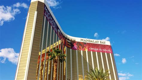 Mandalay Place   Shopping at Mandalay Bay Las Vegas