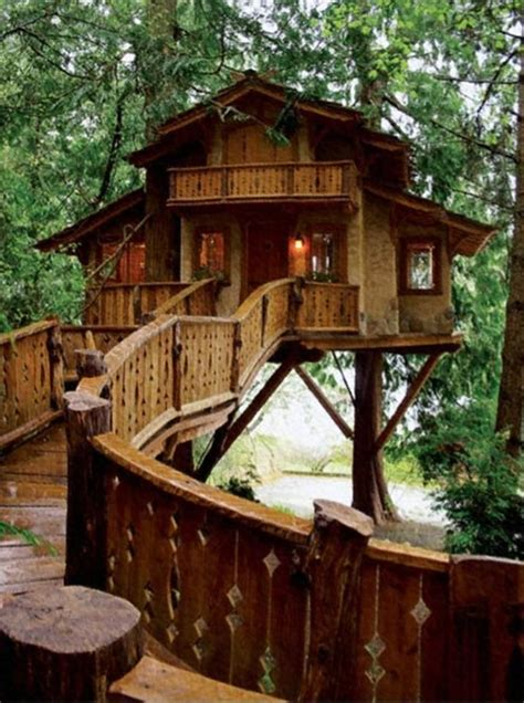 heidis treehouse chalet   square foot house