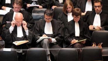 bureau d aide juridique avocat au bureau d aide juridique m 233 tier de passionn 233