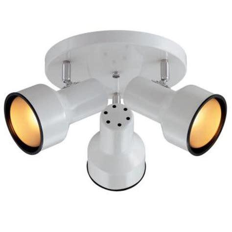 3 Spotlight Ceiling Light Hton Bay White 3 Light Ceiling Spotlight Ro101 The Home Depot