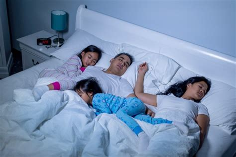 Family Bed Co Sleeper by The Real Dangers Of Co Sleeping It Lasts A Lifetime How
