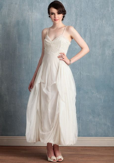 Wedding Dress 200 by Wedding Dresses 200