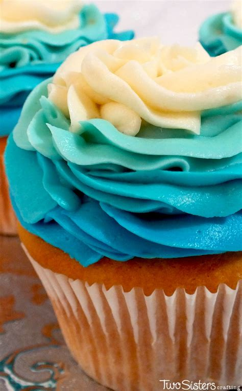 frozen ombre swirl cupcakes  sisters