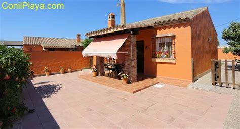 porches de casas de co alquiler casa con piscina en el chinarejo conil cadiz