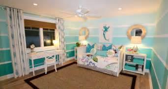 hawaiian themed bedroom tropical bedroom