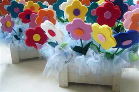 fiori con il feltro bomboniere con fiori in feltro laboratorio quot la coccinella quot