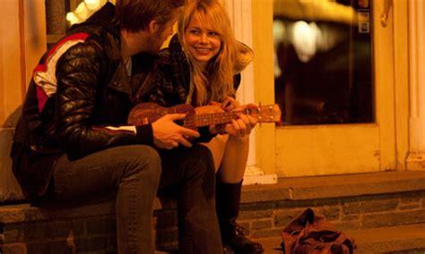 film blue valentine 2010 blue valentine review film the guardian