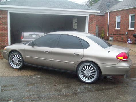2005 Ford Taurus by Dtoland21 2005 Ford Taurus Specs Photos Modification