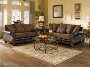 Livingroom Sets Wilmington Traditional Living Room Furniture Set By Ashley