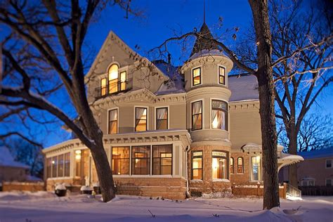 mary tyler moore apartment minneapolis the mary tyler moore show home for sale in minneapolis