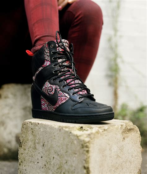 My List Liberty by In My List Of Wishes Black Bourton Liberty Print Dunk