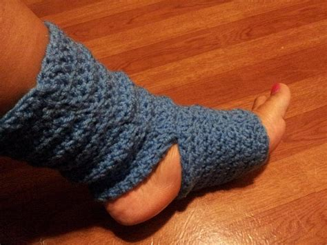 diy toeless socks 32 free patterns to make crochet leg warmers guide patterns