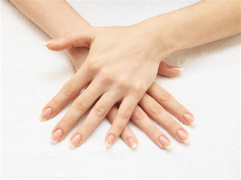 how to do manicure at home boldsky