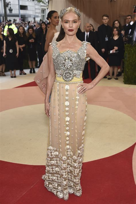 Catwalk To Carpet Kate Bosworth In Dolce Gabbana by Omg The 2016 Met Gala Carpet Was Next Level Fashion