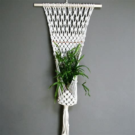 Macrame Pot Holder Pattern - image result for http www blindshout wp