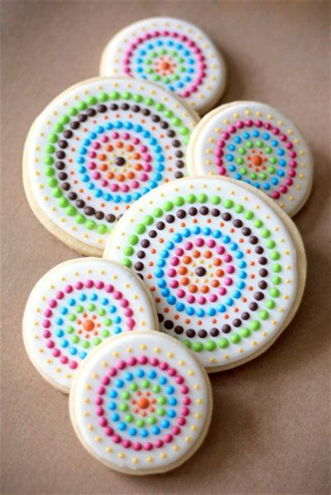 Icing To Decorate Sugar Cookies by Best 25 Decorated Sugar Cookies Ideas On