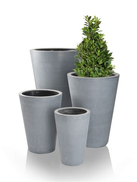 grey calgary polystone planter h54cm 163 39 99
