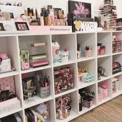 Makeup Desk Organization Ideas 25 Best Ideas About Makeup Rooms On Makeup Organization Makeup Storage And Diy