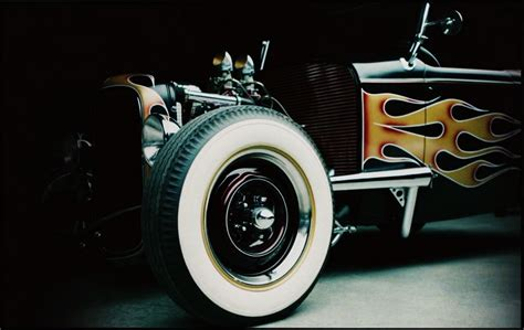 tony starks cars in iron man 2008 movie tony stark car collections in iron man film cars we love