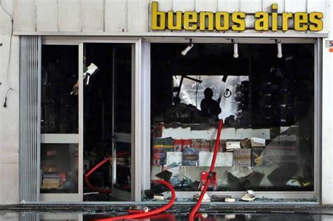 libreria corso buenos aires genova incendio distrugge la libreria di corso buenos