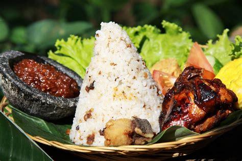 resep nenek  malas makan nasi putih coba bikin nasi