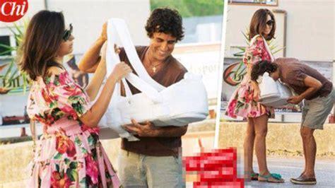 cora si鑒e social caterina balivo rientro a casa con cora e il marito