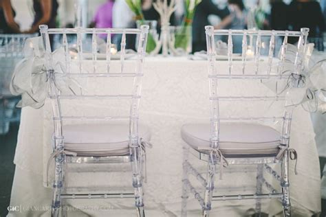 clear chiavari chairs wedding we re a obsessed with how amazing our clear