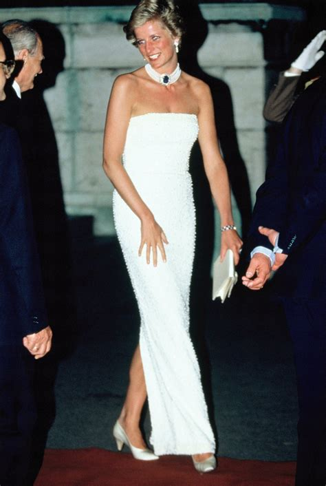 Longdress Diana Back 15 photos of princess diana fashion
