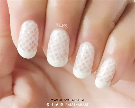 Simple Lace Wedding Nails tip lace nails bridal nails using jelly sandwich