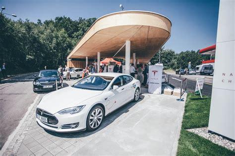 Tesla Superchargers Uk Tesla Brings Additional Supercharging To Eastern Europe