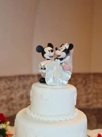 mickey and minnie mouse disney wedding cake topper 54 best images about mickey mouse