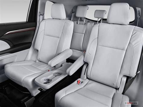 Toyota Highlander With Captain Seats 2015 Toyota Highlander Interior U S News Best Cars