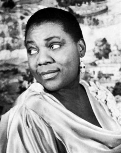 biography films musicians queen latifah to play blues icon bessie smith in hbo films