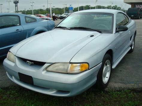 Opal 1995 Mustang Paint Cross Reference