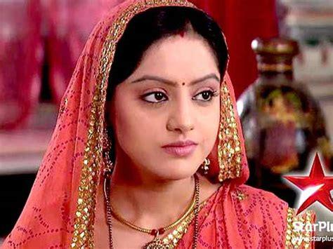 diy aur baati hum best tv serials of 2012 filmibeat