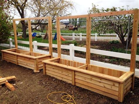 Cedar Wood Planter Boxes by Best 25 Patio Planters Ideas On Planters