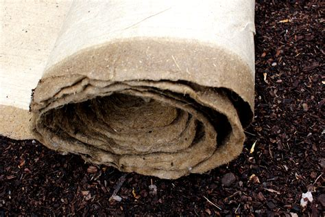 Biodegradable Mat by New Biodegradable Linseed Straw Mat Hoped To Transform Future Of Australia S Agriculture And