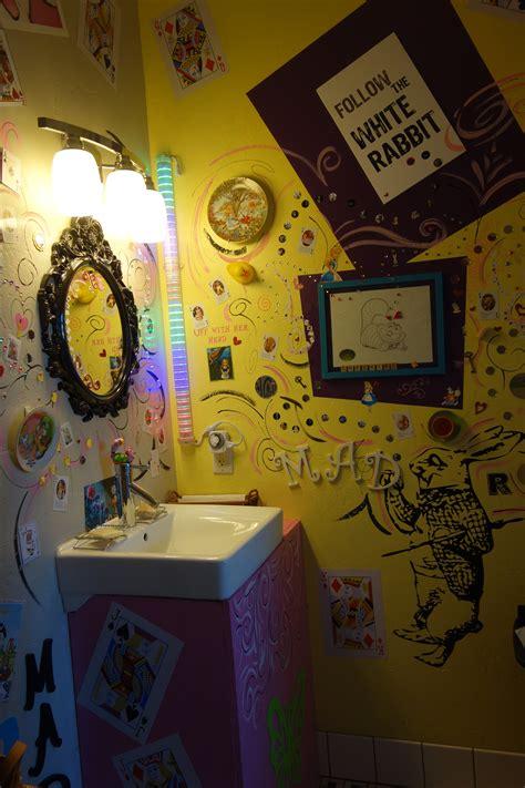 Alice In Wonderland Bedroom Decor alice in wonderland bedroom decorating ideas home design