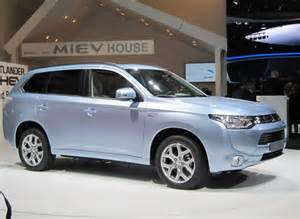 Outlander Mitsubishi Hybrid 2016 Mitsubishi Outlander In Hybrid Price And Release