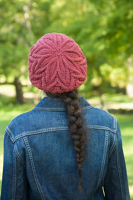 Bee Knit Hat song hat free knitting pattern knitting bee