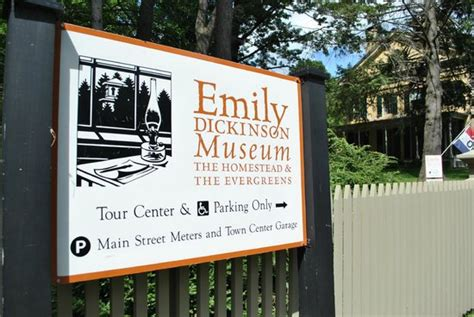 emily dickinson museum biography emily dickinson museum house picture of emily