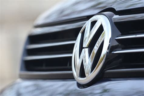 Auto Logo Vw by Volkswagen Logo Volkswagen Car Symbol Meaning And History