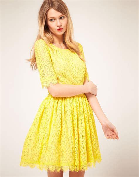Yelloni Dress lyst lace amelia dress in yellow