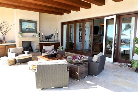 what style is interior of yolanda foster house the most glamorous homes in beverly hills slice ca