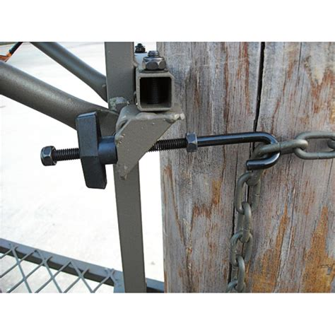 Lock On Deer Stand by Amacker 174 Timb R Lock Hang On Tree Stand 192820